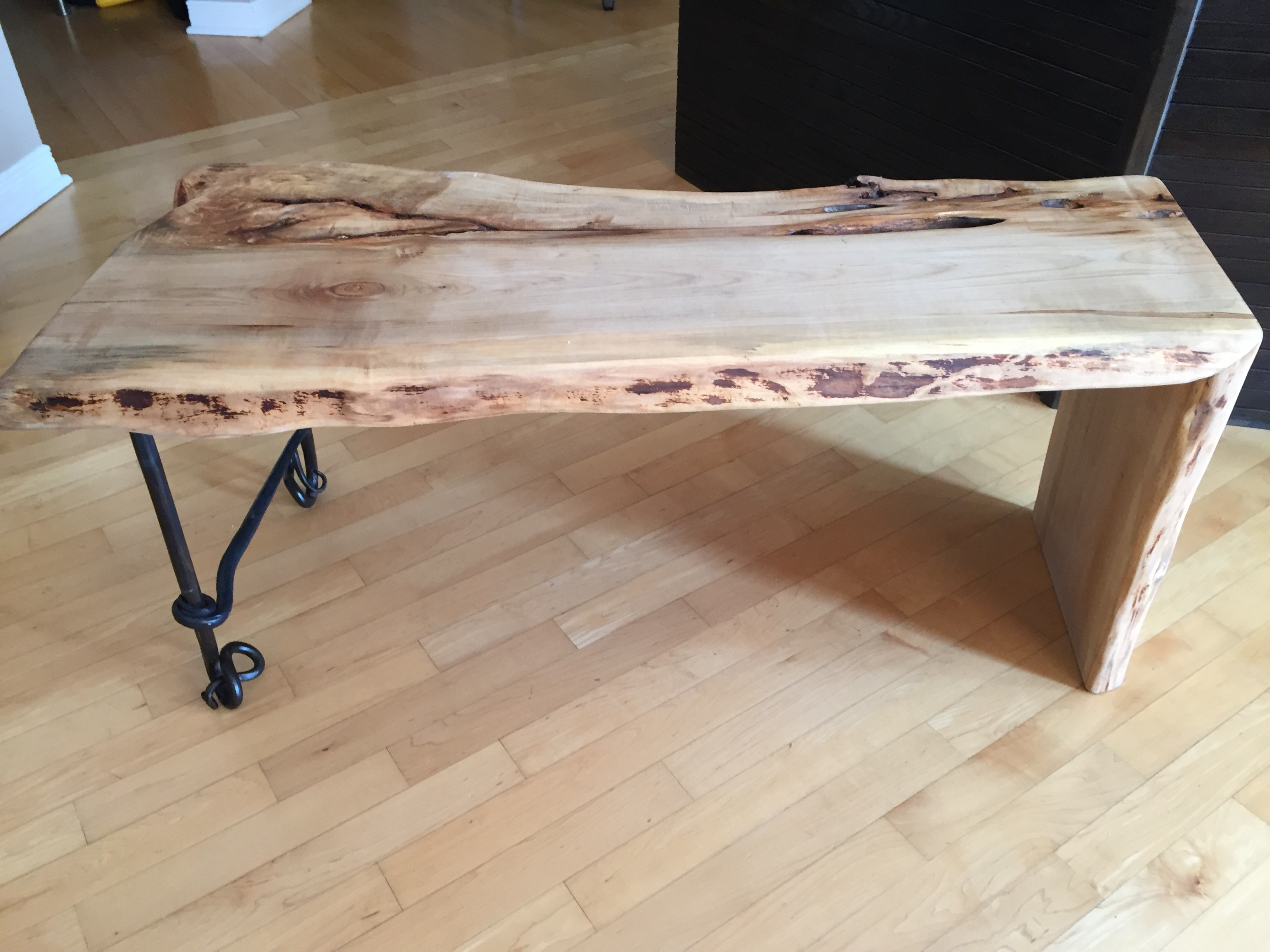example of live edge table and benches